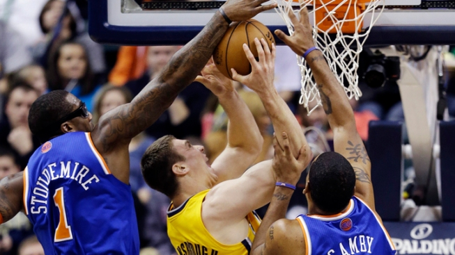 Short-Handed Knicks Lose to Pacers 81-76