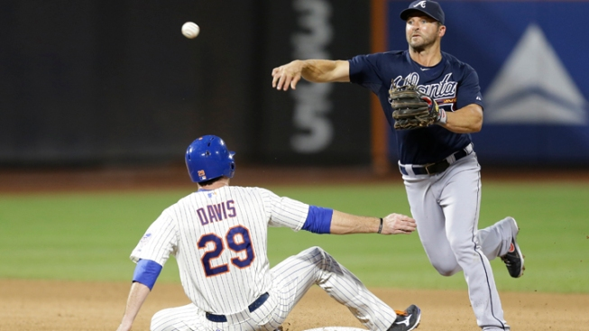 Mets Lose to Braves 2-1
