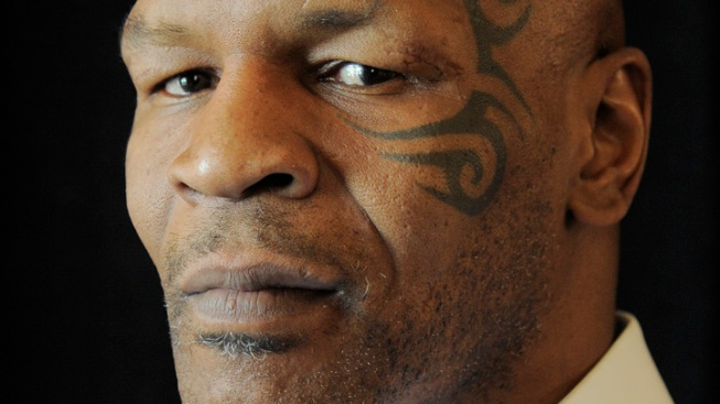 Jamie Foxx to Play Mike Tyson in Planned Biopic