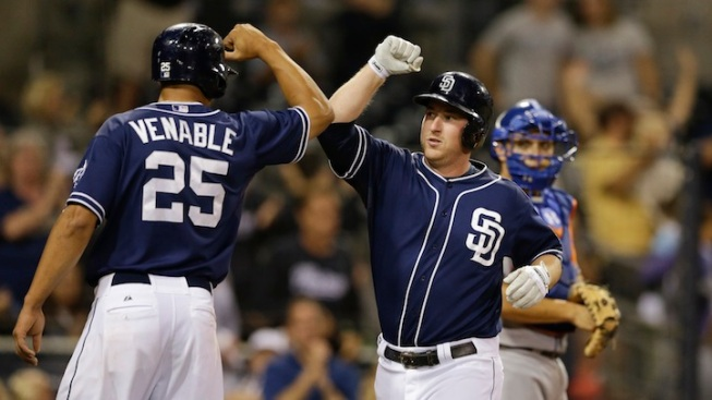 Venable Gets 4 Hits to Lead Padres Past Mets 8-2