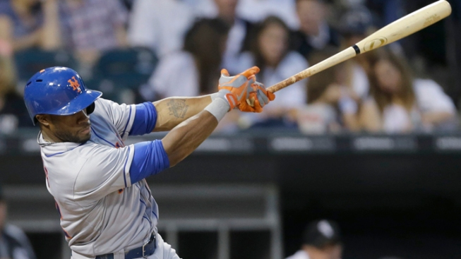 Marcum Gets 1st Win, Mets Top White Sox 3-0