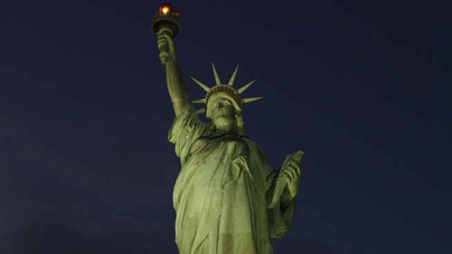 Statue of Liberty, Ellis Will Not Reopen in 2012