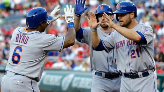 Mets Snap 4-Game Skid, Pound Nationals 10-1