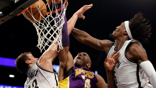 Nets Beaten by Short-Handed Lakers 92-83