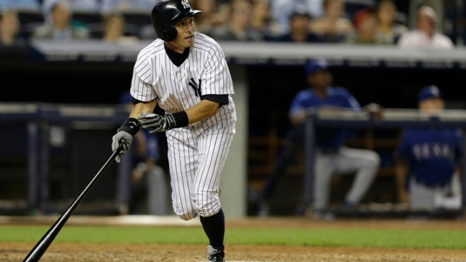 Suzuki Lifts Yankees Over Texas 4-3 With HR in 9th
