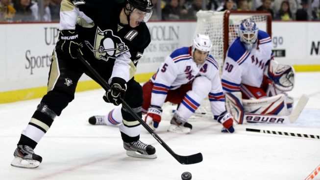 Rangers Fall to Penguins 2-1