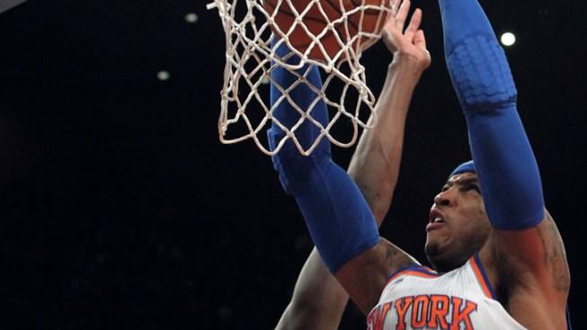 Carmelo Scores 25 as Knicks Beat Bucks 96-86