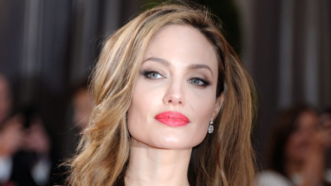 Cancer Survivors, Fellow Celebs Commend Jolie on Preventative Mastectomy