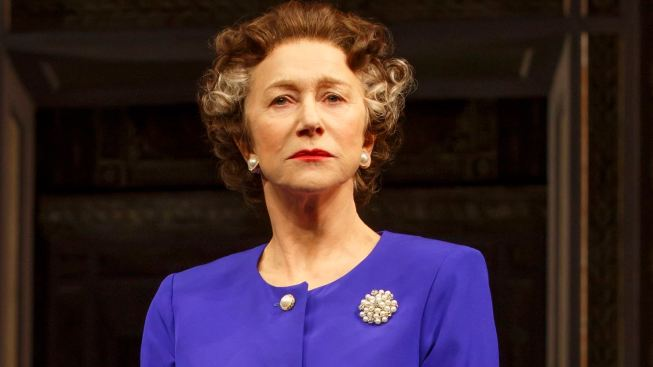 "A Coronation, Again, for Helen Mirren in ""The Audience"""