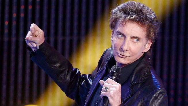 Manilow to Play St. James in January