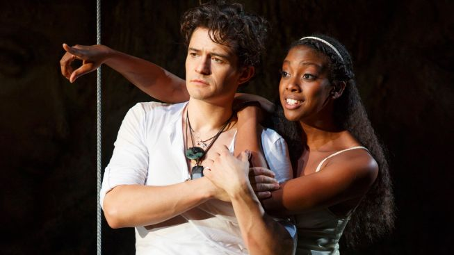 "Review: Orlando Bloom, Condola Rashad Play With Fire in ""Romeo and Juliet"""