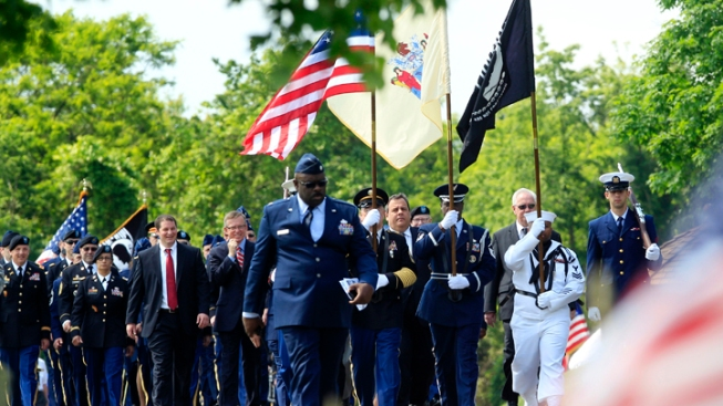 Christie Honors Military at Memorial Day Event