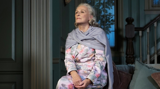 "Review: Glenn Close Tips the Scales in ""A Delicate Balance"""