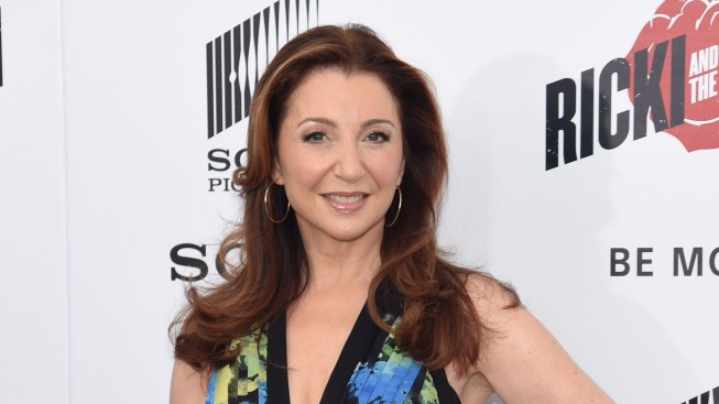 Hello, Donna! Tony Winner Donna Murphy Helps 'Hello, Dolly!' Shine in Bette Midler's Absence