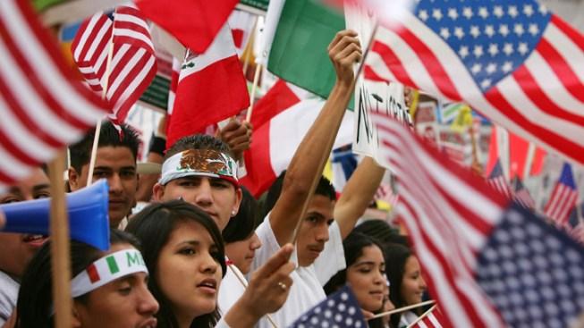Conn. Immigrant Advocates Seek Path to Citizenship