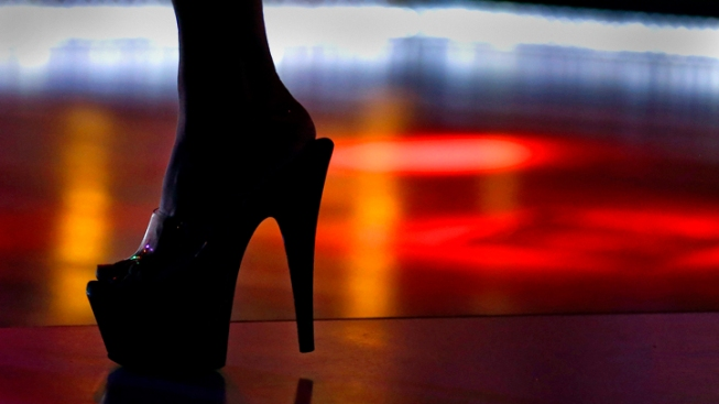 Florida Man Sues Strip Club, Claims They Refused to Hire Male Bartender