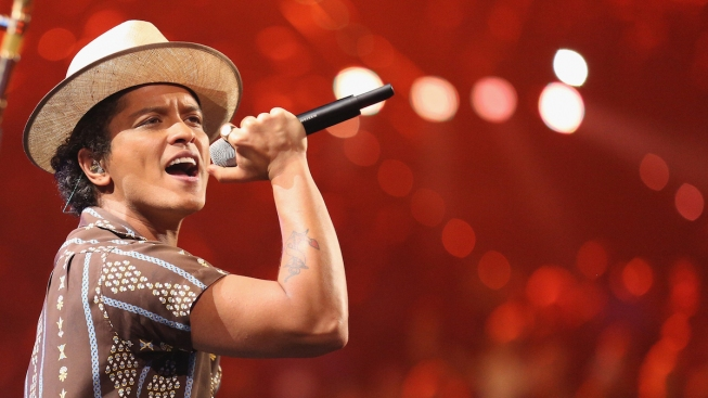 Bruno Mars to Perform at Grammy Awards