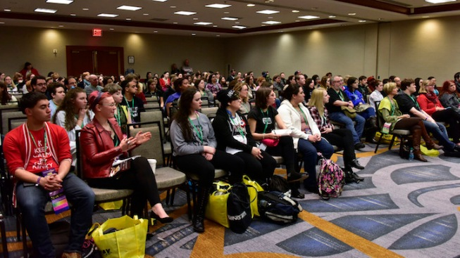 Despite Blizzard, Nearly 6,000 People Show Up for First BroadwayCon