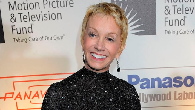 "Sandy Duncan Returns to World of Peter Pan in ""Finding Neverland"""