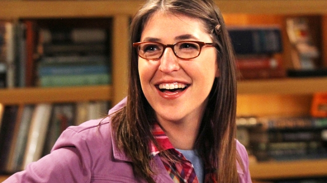 Actress Mayim Bialik to Divorce Husband of Nine Years