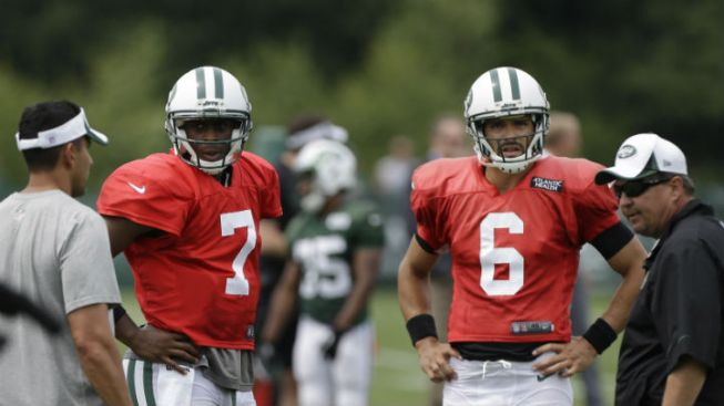 Sanchez or Smith? Who Knows at This Point for Jets
