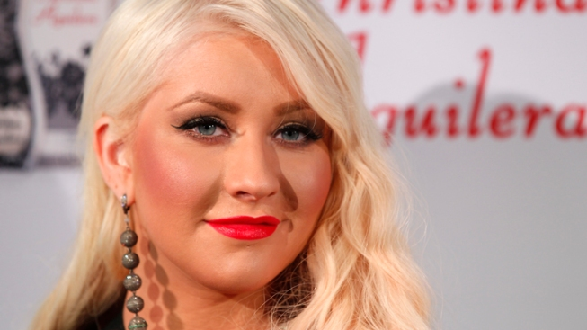"""Christina Aguilera Slams False """"Skinny, White Girl"""" Quotes, Never Made Weight Comments"""