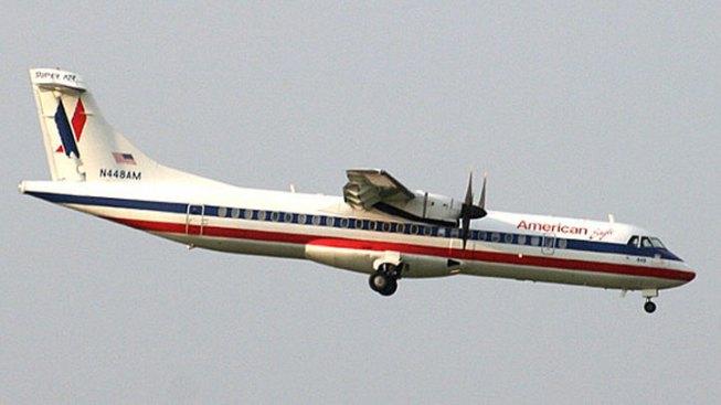 Lightning Strikes Plane Heading from Detroit to LaGuardia