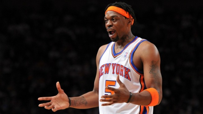 Knicks Feel the Heat, Lose 99-89