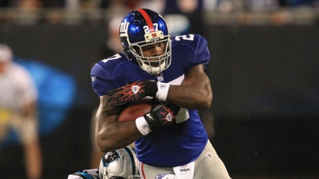 Brandon Jacobs is Back at the Complaint Counter
