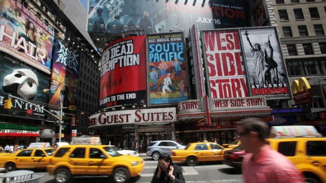 Broadway Lights to Be Dimmed for James Gandolfini