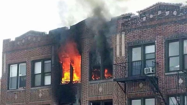 13 Firefighters Suffer Minor Injuries in Brooklyn Fire