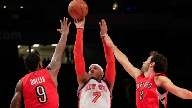Knicks Kick Off 2012 in Ugly Fashion