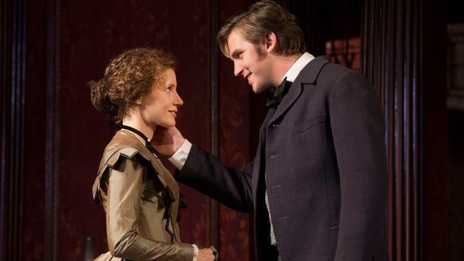 "Review: Jessica Chastain, Dan Stevens Play Against Type in ""The Heiress"""