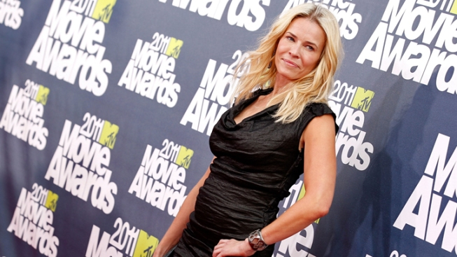 Chelsea Handler Has Knee Operation