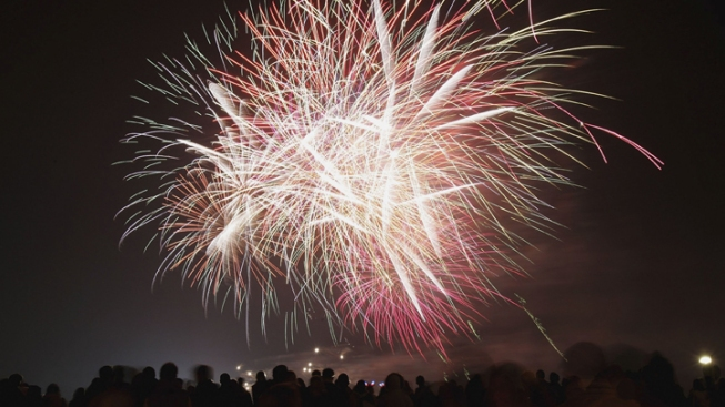 Ads for Fireworks, Illegal in NY, Sent to Staten Islanders