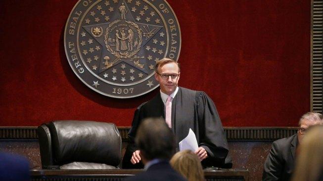 Oklahoma Judge Orders Drugmaker to Pay $572M in Opioid Lawsuit
