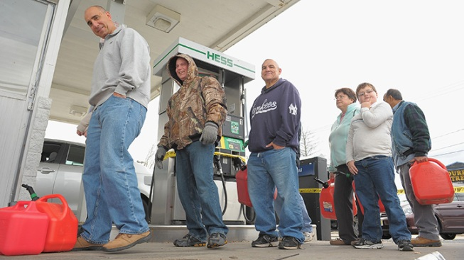 Cuomo Proposes Grants for Gas Station Storm Aid