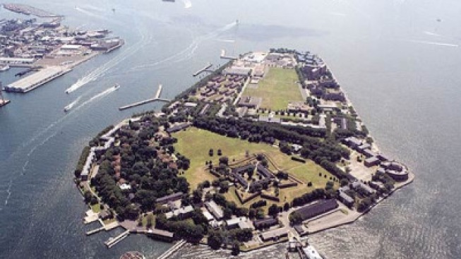 Vacant Building Burns on Governors Island