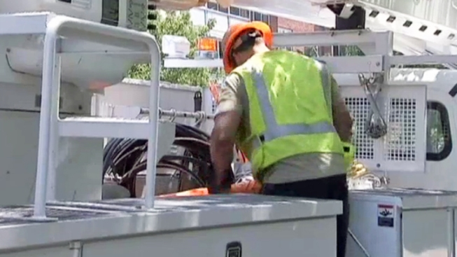 NJ Utility Worker Dies After Being Electrocuted