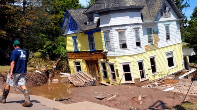 Weary Irene, Lee Victims in NY Mired in Red Tape