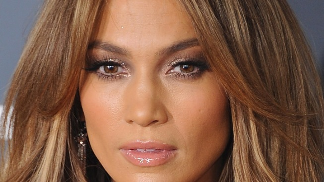 Reports: Jennifer Lopez Spends Thanksgiving With Casper Smart