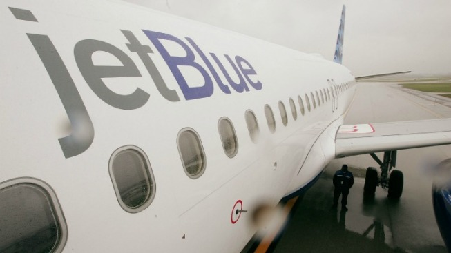 Brooklyn Man Charged With Assaulting JetBlue Flight Attendant