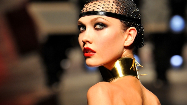 "Karlie Kloss Wouldn't Miss Fashion Week ""Reunion"""
