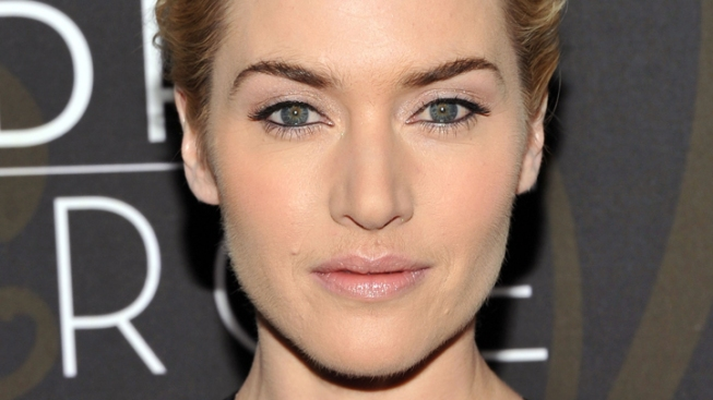 """Kate Winslet on Plastic Surgery: """"I'll Never Give In"""""""