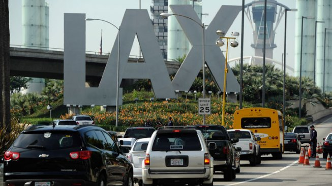 Digital Booking System Outage Delays Flights at LAX, Airports Nationwide