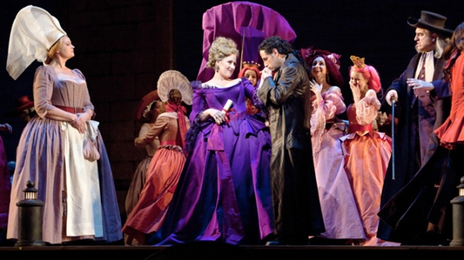 Met Opera, Union Reach Contract Accord