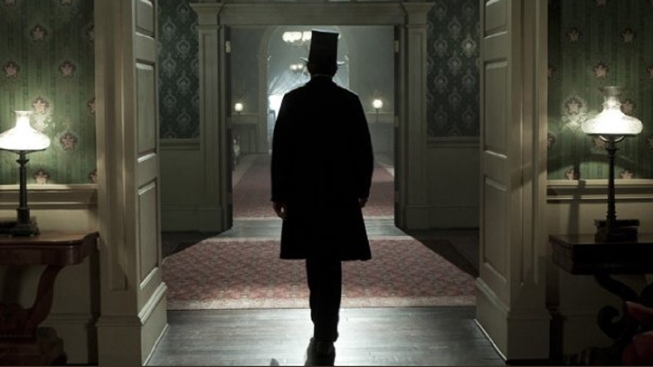 """""""Lincoln,"""" """"Zero Dark Thirty"""" Earn Writers Guild Nominations"""