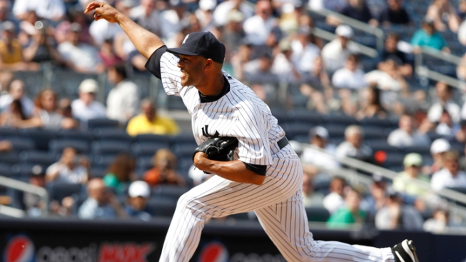 Rivera Makes 1,000th Appearance for Yankees