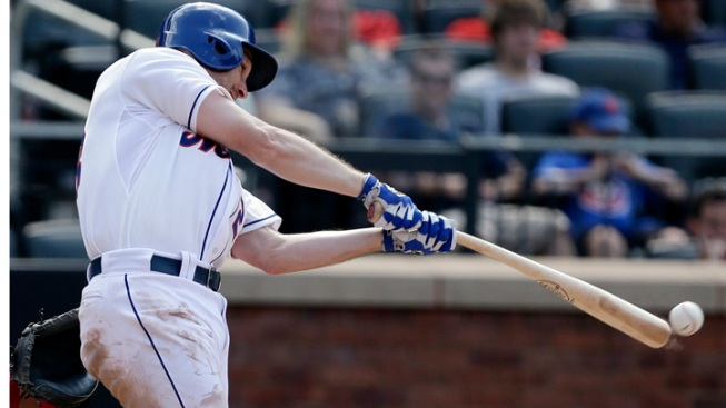 Wheeler Bailed Out by Bullpen, Mets Beat Phillies 5-4