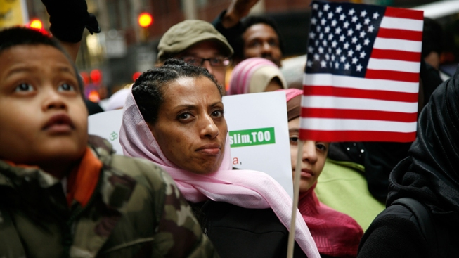 Hundreds of Muslims Rally in Protest Against NYPD Spying